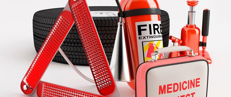 Les 10 éléments essentiels pour votre trousse de secours en voiture
